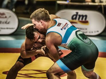 How to Wrestle